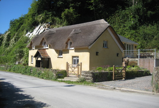 Old_Maids_Cottage_539x367